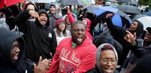 Raspy Rawls & Protestors in Ferguson